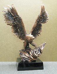 "Eagle Award 19"" with Flag"